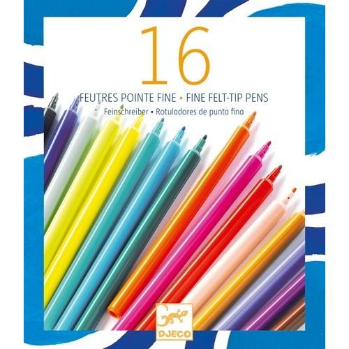 Boîte de feutres de couleurs